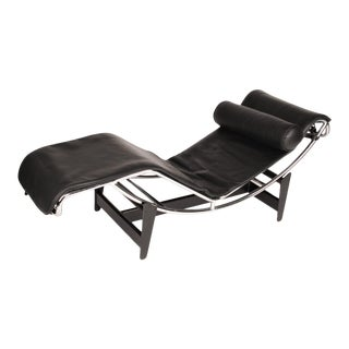 Mid Century Modern Le Corbusier Lc4 Italian Leather Chrome Lounge Chaise For Sale