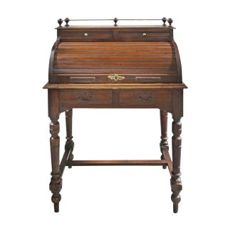 Late 19th Century Traditional Brown Wooden Roll Top Desk For Sale