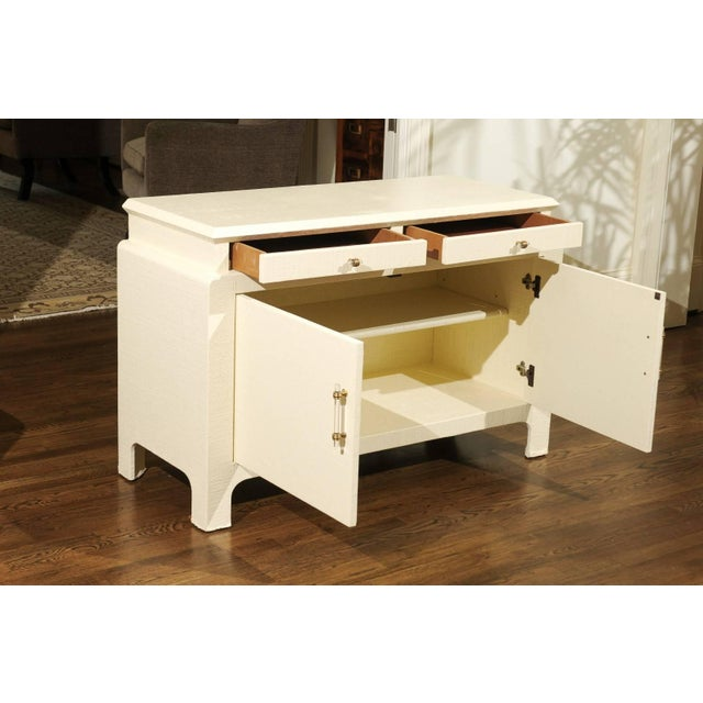 1980s Gorgeous Restored Raffia Cabinet by Harrison-Van Horn in Cream Lacquer For Sale - Image 5 of 11