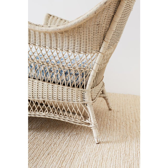Early 20th Century Vintage Painted Bar Harbor Willow and Wicker Chaise Lounge For Sale - Image 10 of 13