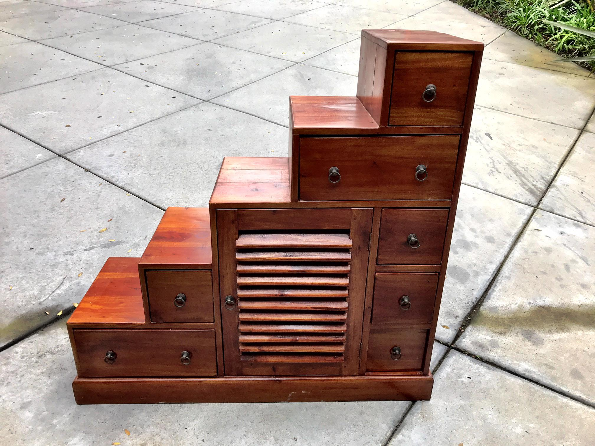 Reversible Tansu Step Chest   Image 2 Of 5