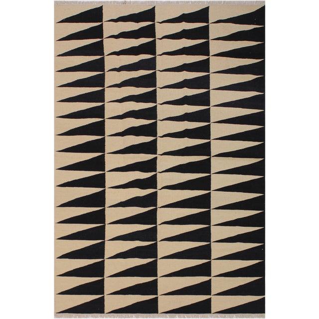"Tan Modern Kilim Armandin Ivory Hand-Woven Wool Rug -5'6"" X 8'2"" For Sale - Image 8 of 8"