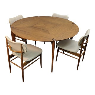 Brown Saltman Game Table & Chairs For Sale