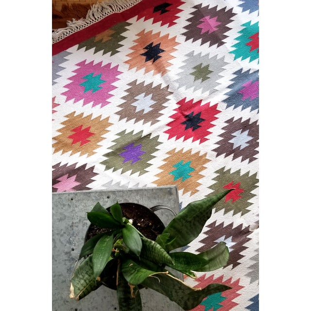 """Contemporary Handwoven """"Kotri"""" Area Rug - 4′ × 6′ For Sale In New York - Image 6 of 7"""