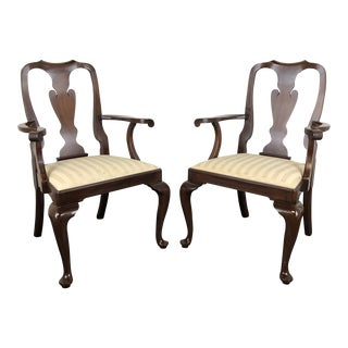 Henkel Harris Mahogany Queen Anne Dining Captain's Arm Chairs For Sale