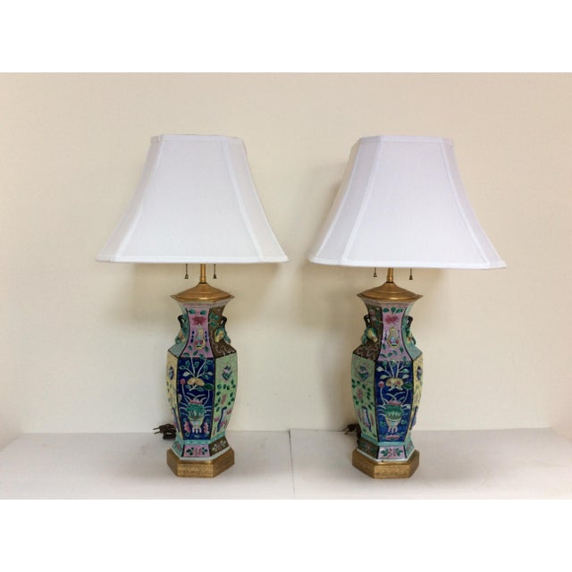 Incredible Chinese Porcelain Vase Lamps A Pair Decaso