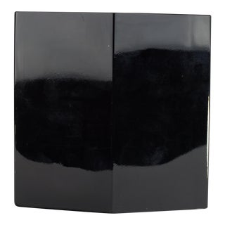 Black Diamond Modernist Vase