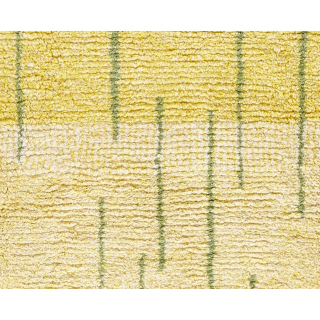 "Modern Modern Schumacher Patterson Flynn Martin Xy Daffodil Hand-Knotted Wool Modern Rug - 6'4"" X 5'4"" For Sale - Image 3 of 5"