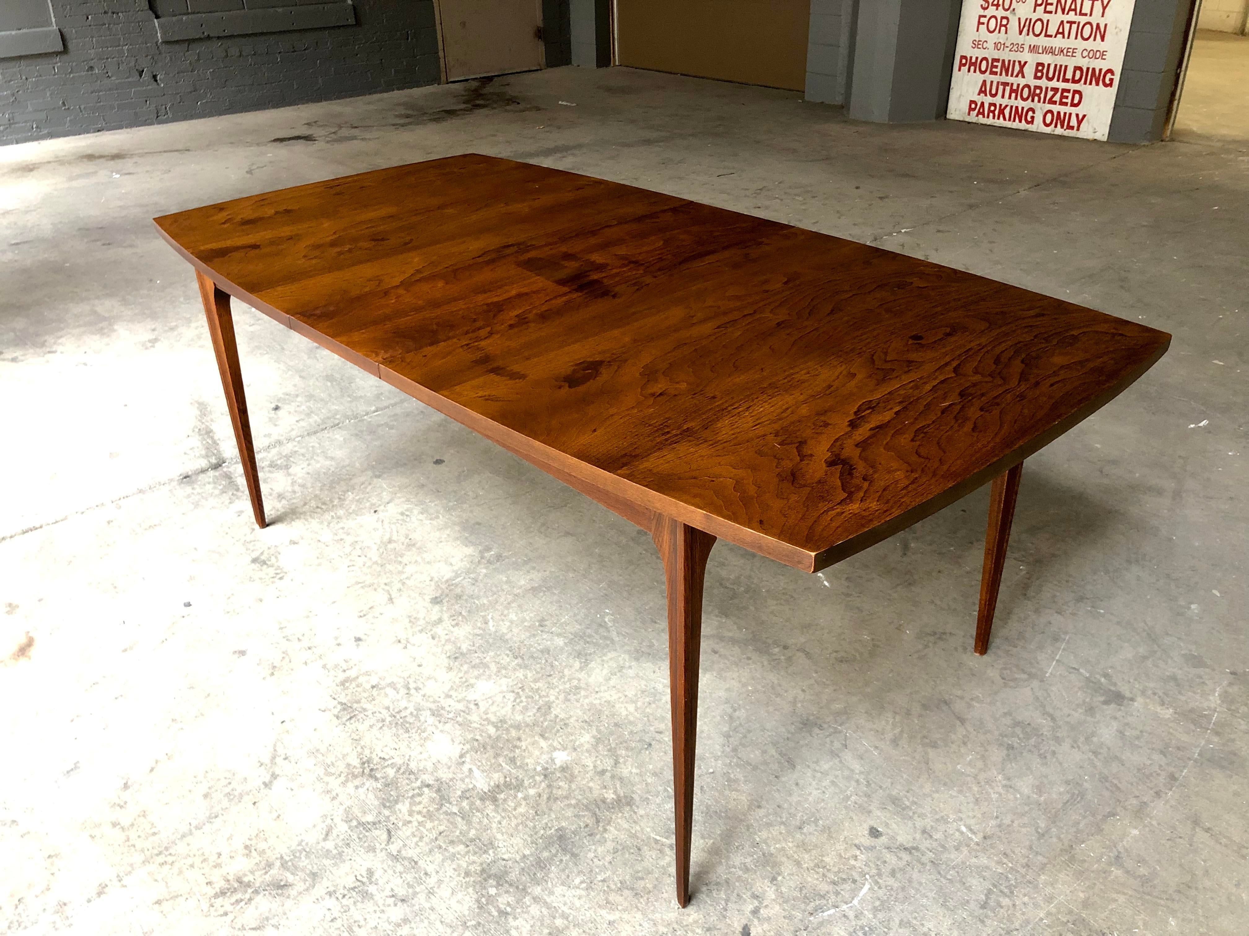 Contemporary Mid Century Modern Broyhill Brasilia Dining Table And Six  Chairs W/ Extending Leaf