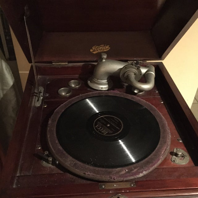 1940's Victrola Record Player - Image 5 of 6