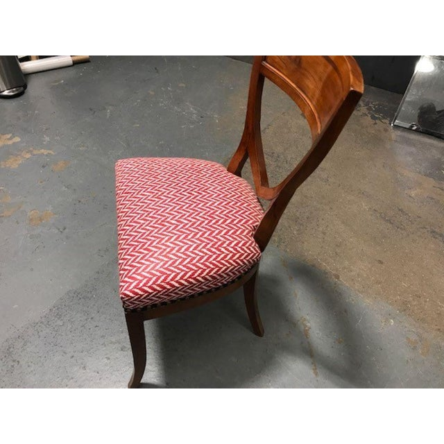 A Set of 6 Biedermeier Mahogany Upholstered Shield Back Dining Chairs With a Brass Inlay For Sale - Image 4 of 7