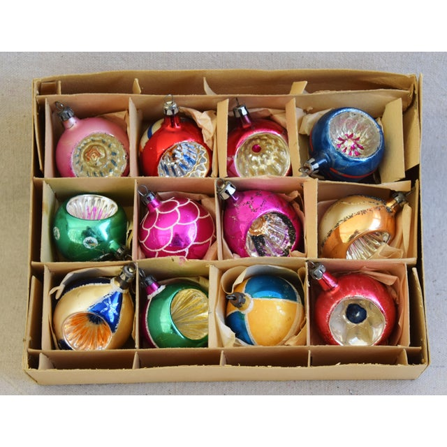 Adirondack 1950s Vintage Colorful Christmas Ornaments W/Box - Set of 12 For Sale - Image 3 of 10