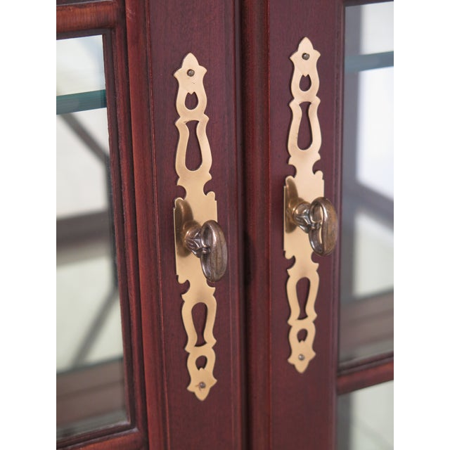 1990s Lineage Chippendale Style Cherry 2 Door Curio Cabinet For Sale - Image 5 of 11