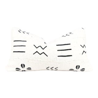 Ivory Shells Mudcloth Pillow For Sale