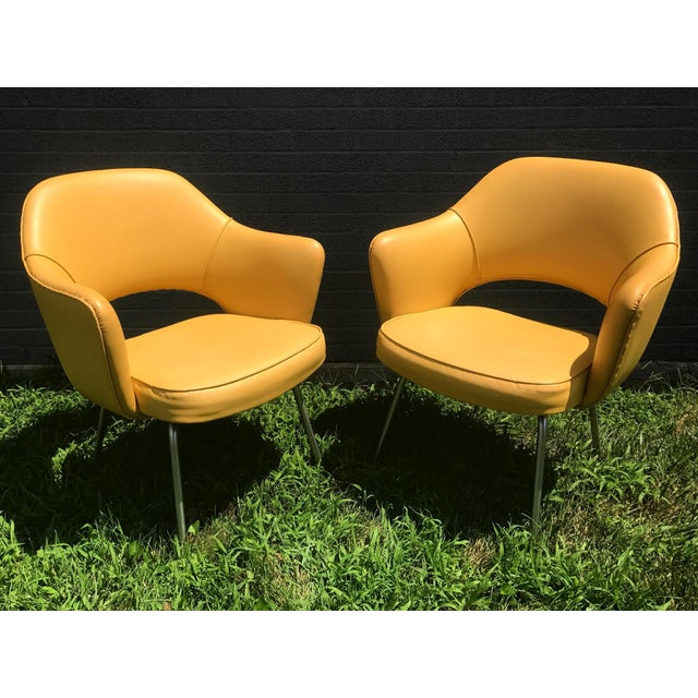 Original 1950's Vintage Eero Saarinen for Knoll Model 71 Executive Armchairs - a Pair For Sale - Image 11 of 11