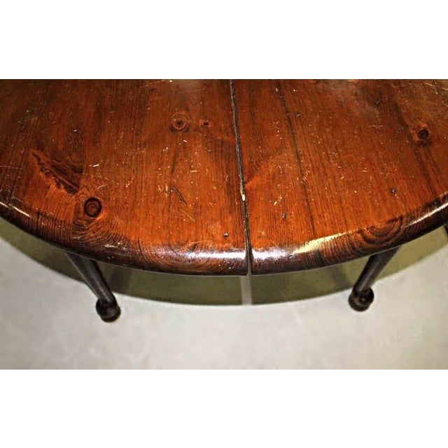 Antique Queen Anne Style Round Extension Dining Table