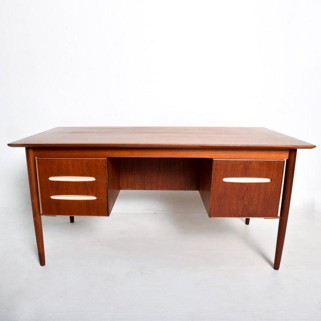 Mid-Century Danish Modern Koford Larsen Era Teak Receiving Desk Bookshelf For Sale In San Diego - Image 6 of 11