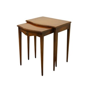 Hekman Grand Rapids Banded Mahogany Nesting End Tables - Set of 2 For Sale