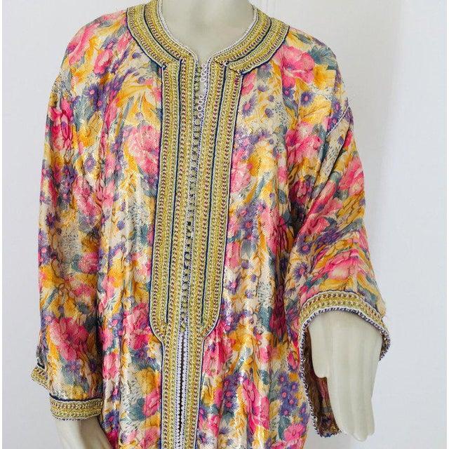 Elegant Moroccan Caftan Metallic Floral Silk Brocade For Sale - Image 9 of 13