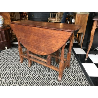 19th Century English Traditional Oak Gate-Leg Table Preview