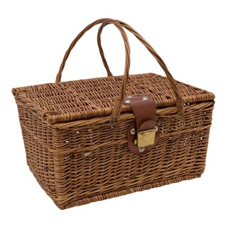 Vintage Woven Willow Picnic Basket Hamper