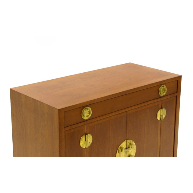 1950s Dunbar Mahogany and Brass Four Doors One Drawer Cabinet For Sale - Image 5 of 9