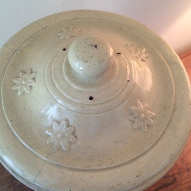 English Ceramic Water Purifier Circa 1880s For Sale In New York - Image 6 of 7