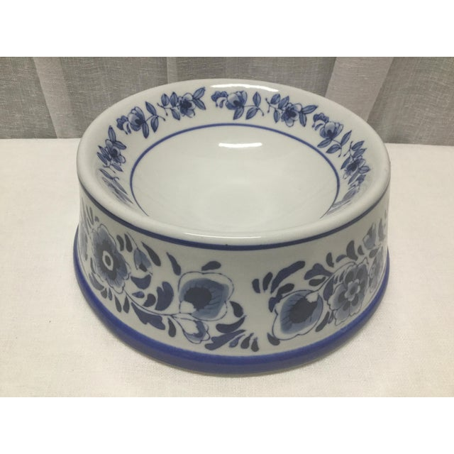 Mid 20th Century Mid-Century Pet Bowl in Blue and White Ceramic For Sale - Image 5 of 5
