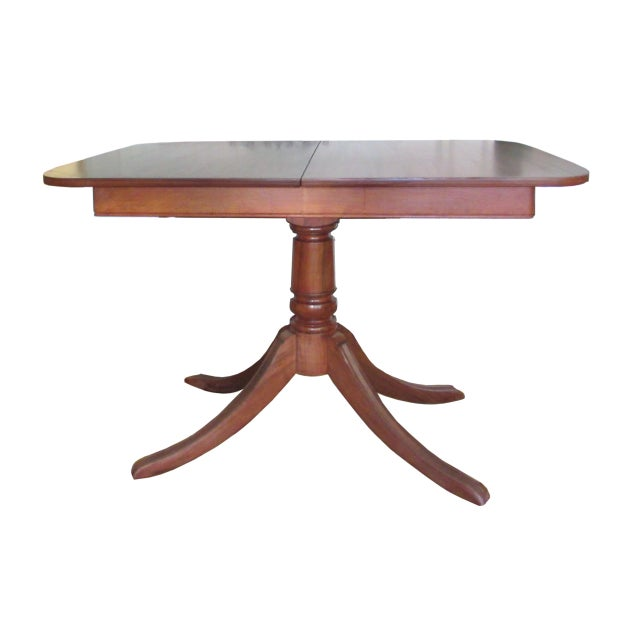 Wood 20th Century American Classical Duncan Phyfe Style Dining Table For Sale - Image 7 of 7