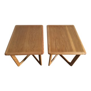 Vintage Mid-Century Modern End Tables by Lane Furniture ( a Pair)