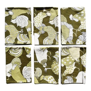 20th Century Green Cloth Dinner Napkins With Figural Birds - Set of 6 For Sale