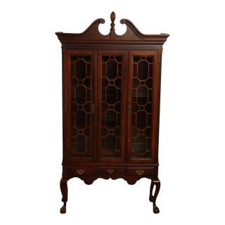 American Drew American Independence Collection Mahogany Chippendale Curio Cabinet For Sale