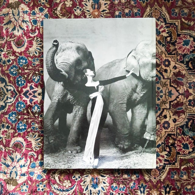 Greige Signed First Edition, Avedon: Photographs 1947-1977 For Sale - Image 8 of 11