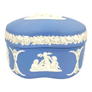 Vintage Blue Wedgwood Jasperware Trinket Box For Sale