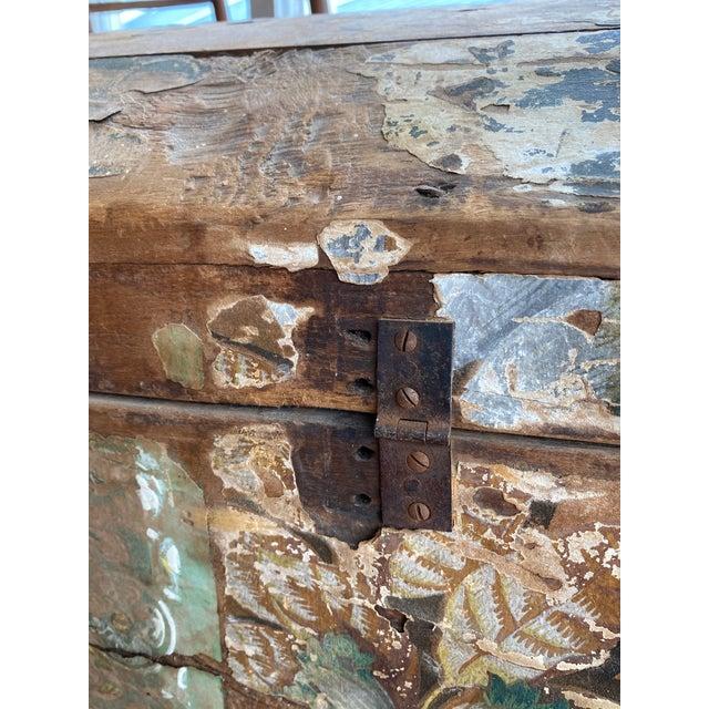 Antique Wallpaper Vendor Trunk For Sale - Image 11 of 13