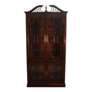 1980s Thomasville Solid Cherry Curio China Cabinet For Sale