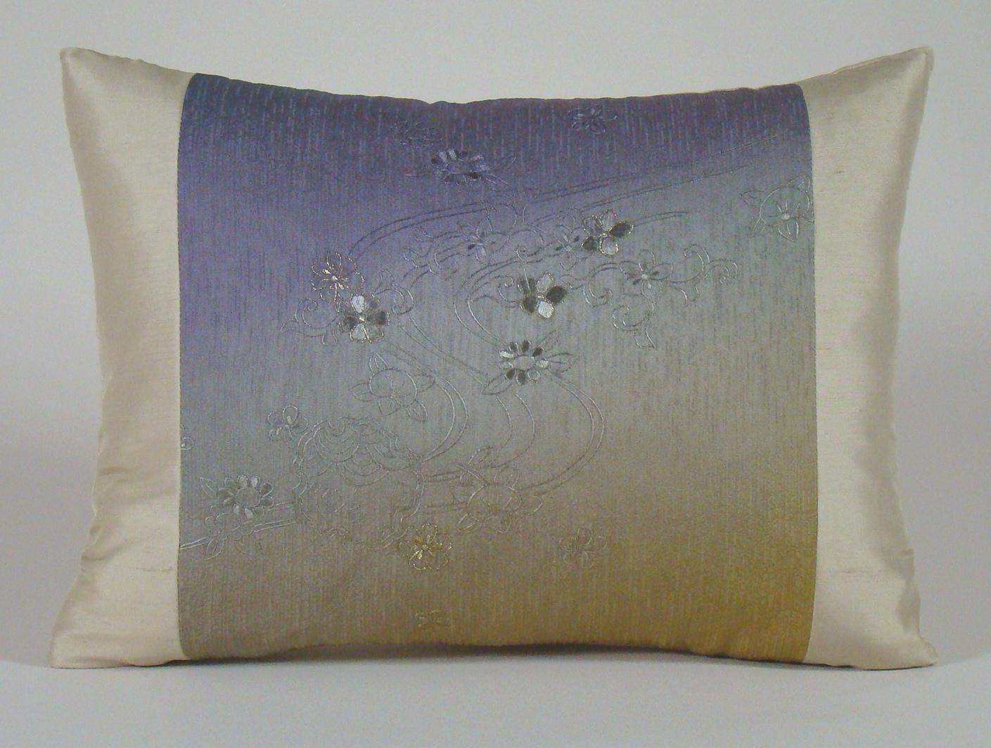 Black Fans /& Cherry Blossoms Japanese Kimono Fabric Pillow Cover 14 x 20