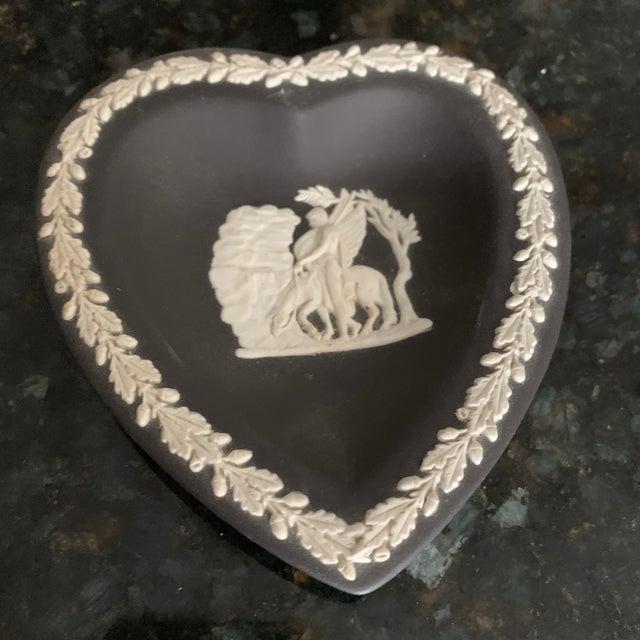 English Traditional Vintage Wedgwood Cream on Black Bridge Set - 4 Dishes For Sale - Image 3 of 13