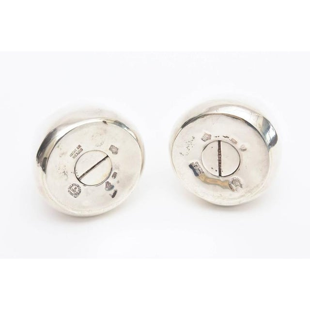 Silver Pair of Modernist Antonio Pineda Sterling Silver Salt and Pepper Shakers For Sale - Image 8 of 9