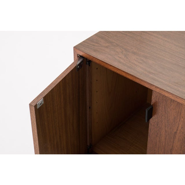 Florence Knoll Wall-Mounted Cabinet For Sale In New York - Image 6 of 6