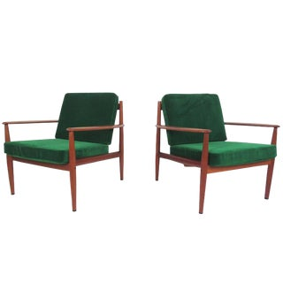 Pair Scandinavian Modern Teak Armchairs by Grete Jalk for France and Son For Sale