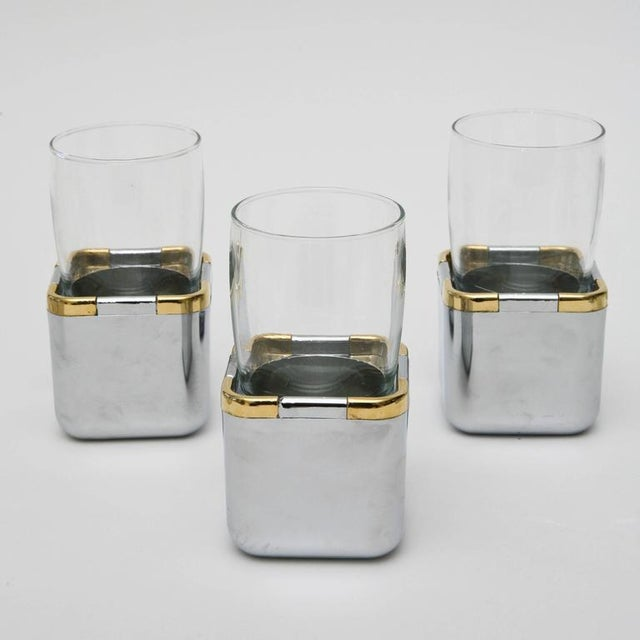 Set of 17 Resin,Glass and Gold-Plated Patio/Garden Pool Drinking Glasses For Sale - Image 4 of 11