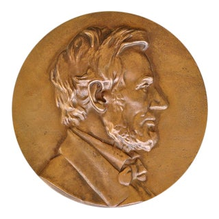 "Bronze Roundel (10"") Plaque With 3d Relief Artwork Depicting Abraham Lincoln For Sale"