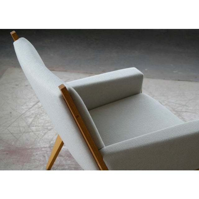 1960s Danish Lounge Chair Model 501 by Hans WEgner for Getama For Sale - Image 5 of 7
