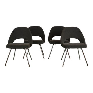Knoll Saarinen Chairs Set of 4 For Sale