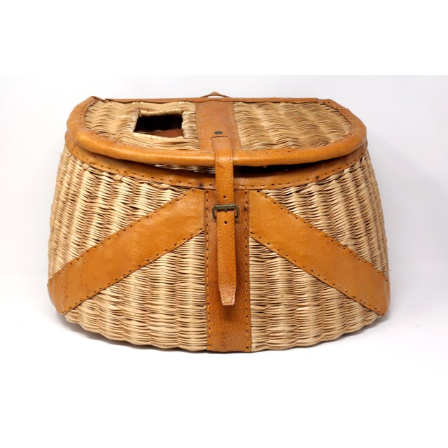 Brown Vintage Leather and Wicker Fly Fishing Basket For Sale - Image 8 of 12