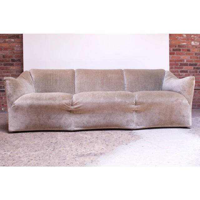 Cassina 1970s Tentazione Sofa by Mario Bellini for Cassina in Original Sage Velvet For Sale - Image 4 of 13