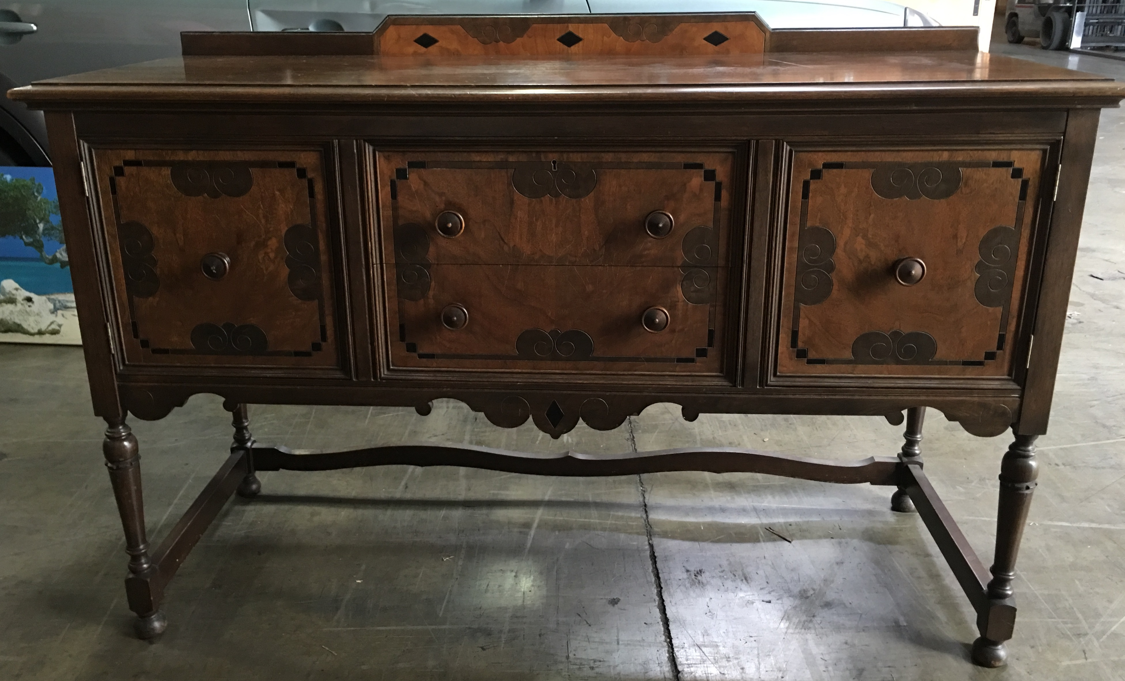 Attrayant My Great Grandmother Bought This Set In 1915. I Loved It For Years, But.  Early American 1915 Grand Rapids Furniture ...