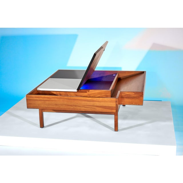 Coffee Table Designed by John Keal for Brown Saltman Checked Surface Lifts to Reveal Storage Circa 1950s For Sale - Image 9 of 10