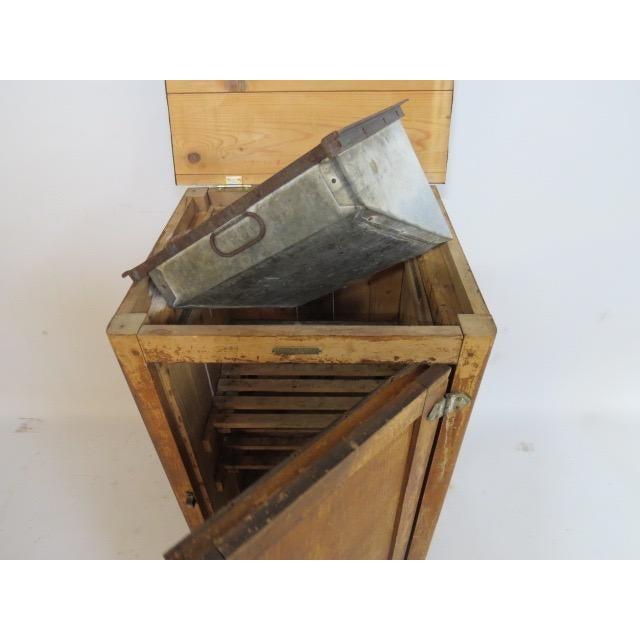 1920s Vintage 1920s Oak Ice Box Refrigerator For Sale - Image 5 of 11